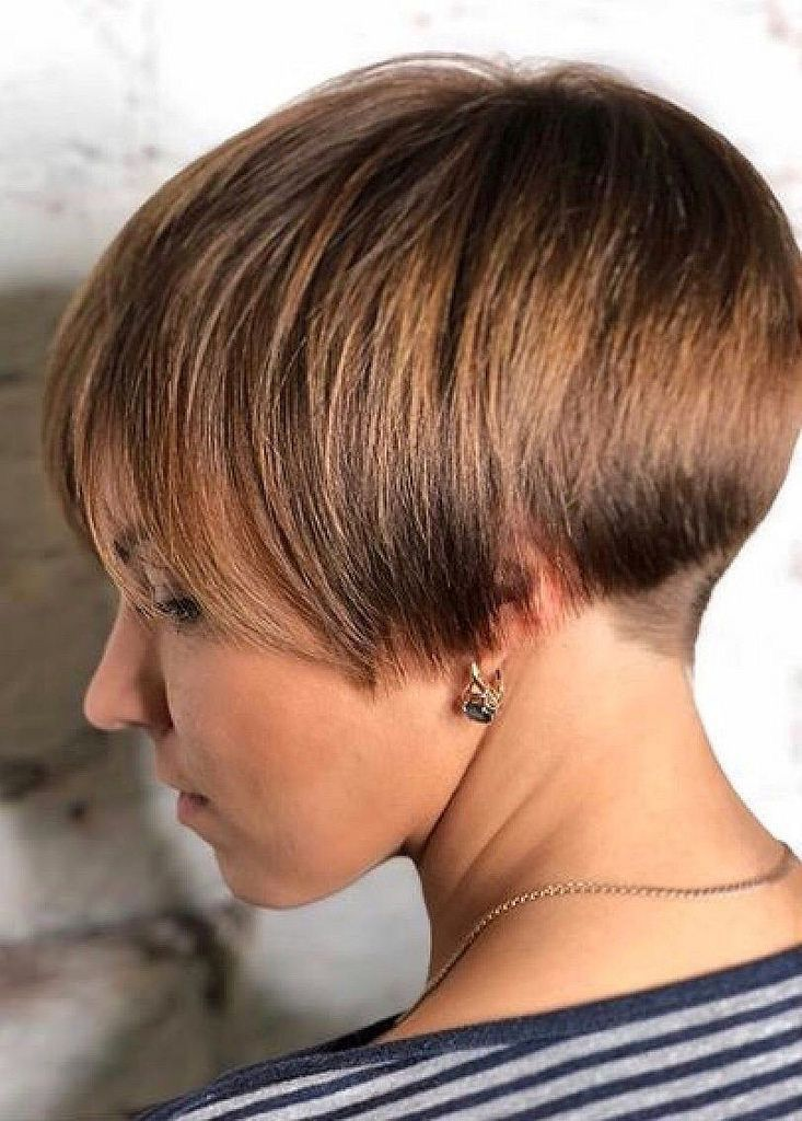 Pin Von Anony Mouse Haircutlover Auf Bob Nape Bowl Rasierter Nacken Kurzhaarfrisuren Frisuren Kurz