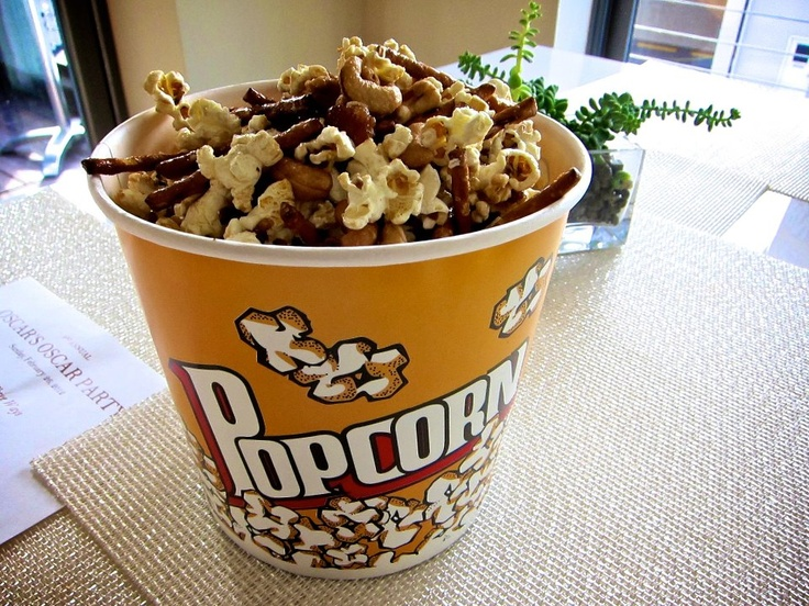 Caramel pretzel cashew bacon popcorn.... seriously?? This would be so ...