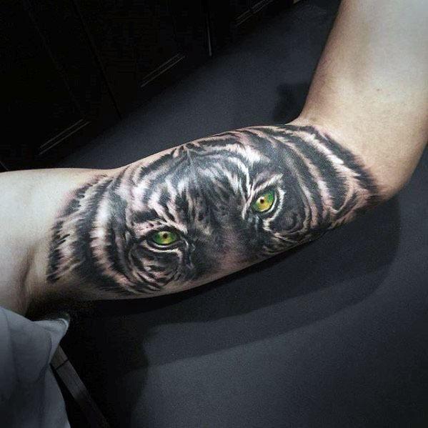 40 Tiger Eyes Tattoo Designs For Men Realistic Animal Ink Ideas Tattoo Designs Men Tiger Eyes Tattoo Eye Tattoo