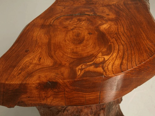 Banca Cires    - Am facut acesta banca din lemn de cires american  pentru sezut,  taiat direct dintr-un trunchi.    Picioare sunt realizate din nuc american. Finisarea bancii este ulei cerat transparent.