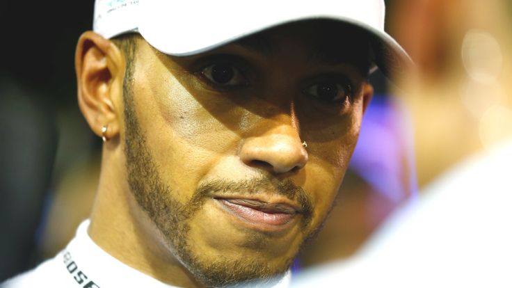 "Singapore Grand Prix: Lewis Hamilton needs 'a miracle' from fifth on grid    Mercedes' Lewis Hamilton says he is looking for a ""miracle"" to limit the damage to his title hopes in Sunday's Singapore Grand Prix.   http://www.bbc.co.uk/sport/formula1/41294735"