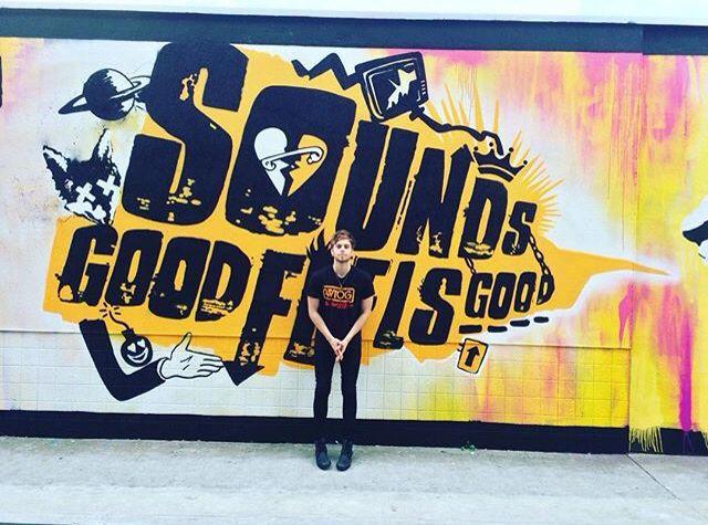 Luke Hemmings 5sos Sounds Good Feels Good 5 Seconds of Summer
