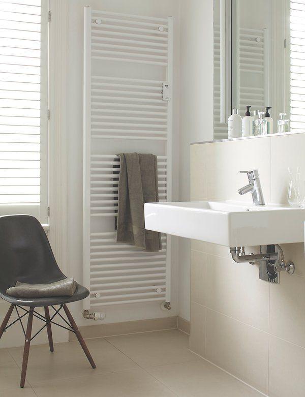 best 25 heizk rper bad ideas only on pinterest. Black Bedroom Furniture Sets. Home Design Ideas