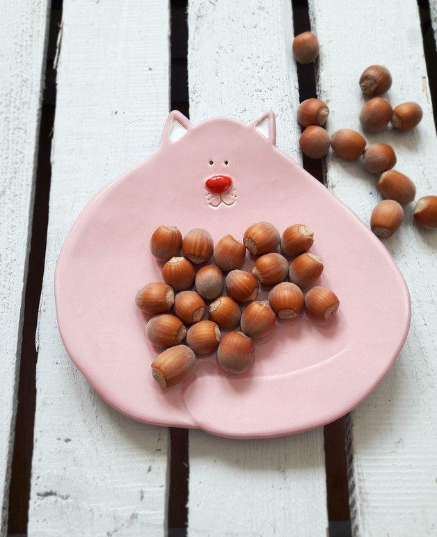 Süße Schale mit dicker Katze in Rosa, Teller für Snacks / cute pink cat plate, home decor made by Lamabo via DaWanda.com
