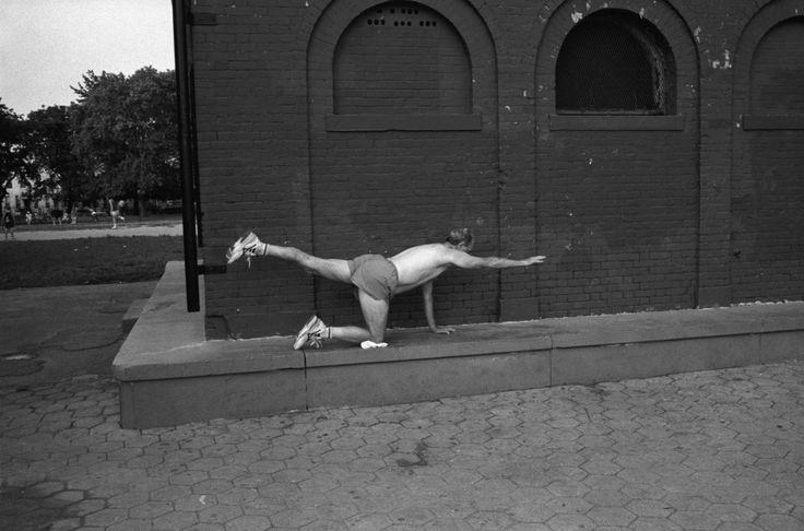 John Vink - NYC. 1995. Exercising.