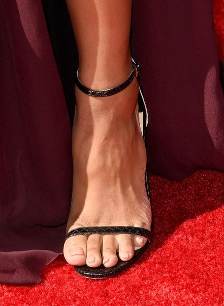 Ciara Photos Photos - Singer Ciara, shoe detail, attends The 2015 ESPYS at Microsoft Theater on July 15, 2015 in Los Angeles, California. - The 2015 ESPYS - Arrivals