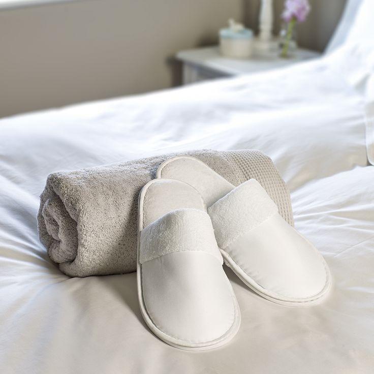 Chaussons de luxe Satinées Ritz (paire)