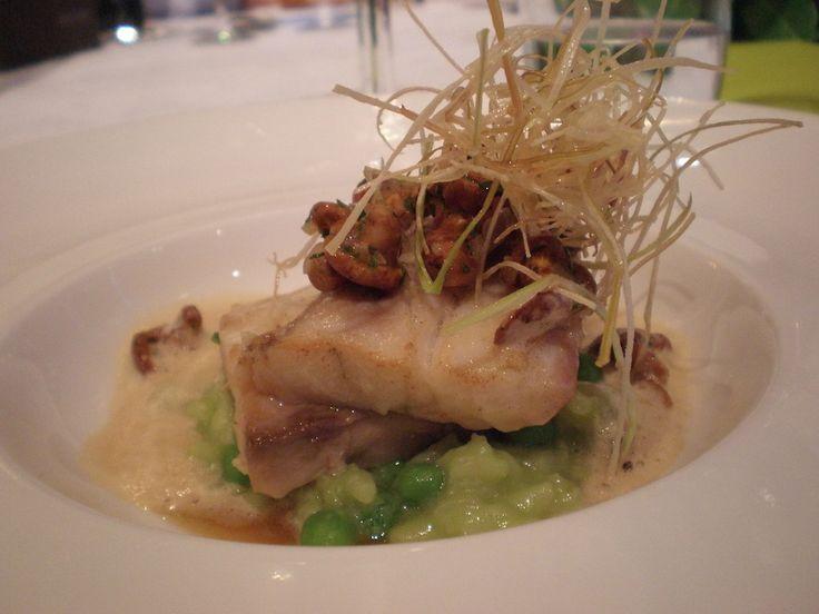 Prato principal servido no Restaurante Saisons, em Écully, próximo de Lyon, França.  Fotografia: magaliviajante.com