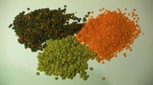Molise - Lenticchie - Nella cucina molisana la lenticchia viene utilizzata per primi piatti dal sapore avvolgente, per zuppe contadine saporite e corpose, e per contorni sfiziosi: sia sole, come accompagnamento di  piatti a base di carne, sia in compagnia di altri ortaggi spesso avvolte in un sugo a base di pomodoro fresco. http://molise.cucinaregionale.net/lenticchie