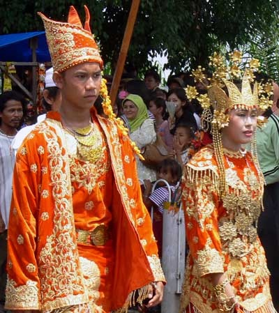Traditional costumes From jambi
