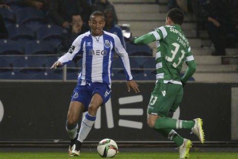 FC PORTO Dunga chama Danilo