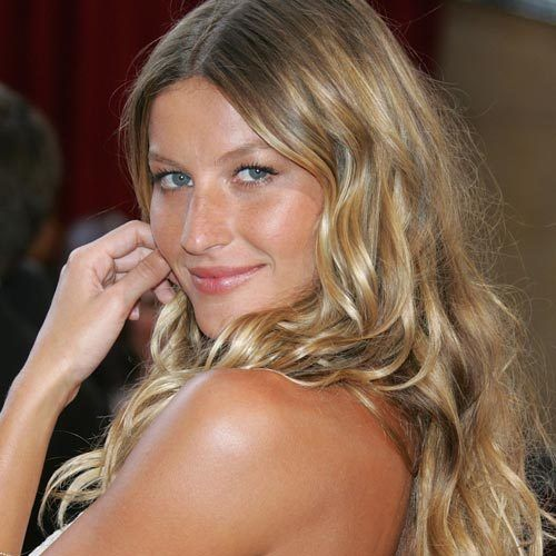 Here's How to Get Beautiful, Natural-Looking Highlights