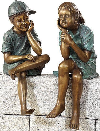 2 Gartenskulpturen ´Sitzendes Geschwisterpaar´ im Set, Kupferlegierung, Skulptur Jetzt bestellen unter: https://moebel.ladendirekt.de/garten/gartenmoebel/gartenmoebel-set/?uid=e9a68e62-4a14-53a1-9d5c-1c16010310d7&utm_source=pinterest&utm_medium=pin&utm_campaign=boards #gartenaccessoires #garten #gartenmoebel #gartenmoebelset Bild Quelle: www.arsmundi.de