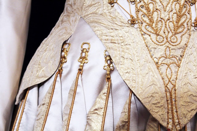 From Reels and Bobbins: Colleen Atwood: Snow White and the Huntsman. Detail of dress.