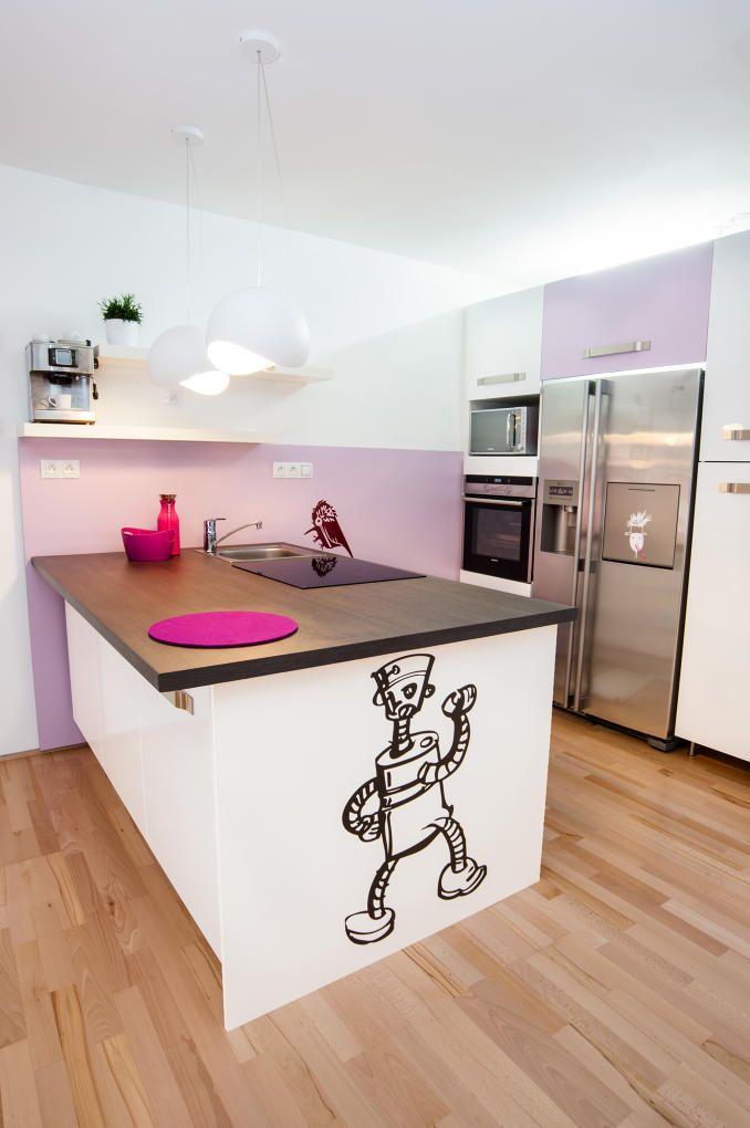 Obývací pokoj s kuchyní v rodinném domku