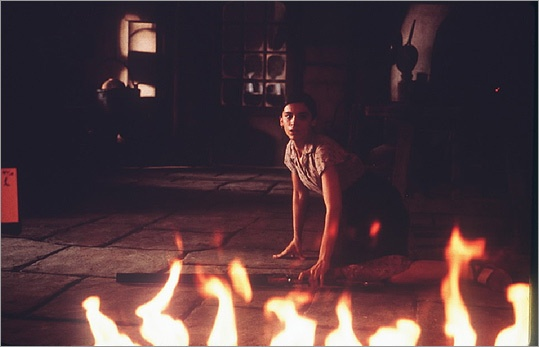 the devil's backbone: amazing foreign film