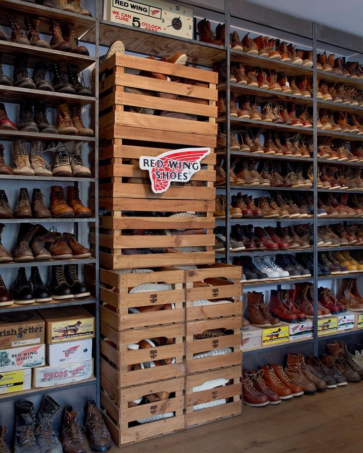 624 best boots images on pinterest boots red wing boots and wing shoes. Black Bedroom Furniture Sets. Home Design Ideas