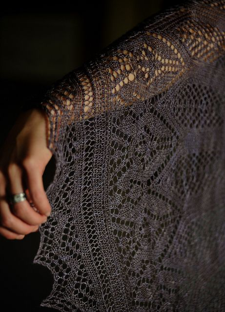 Evenstar shawl: complete! by Stacey Cilia, via Flickr