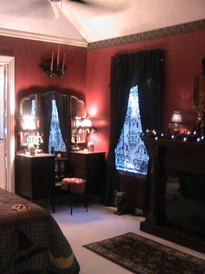 .love the vanity. the wallpaper border and candles on wall not so much tho