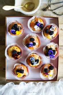 Muffins with brambles and apples mysweetworld