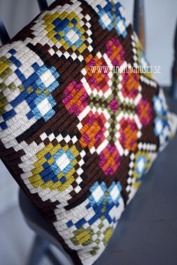 Maranghouse on Etsy, Gobelin Stitch needlepoint pillow