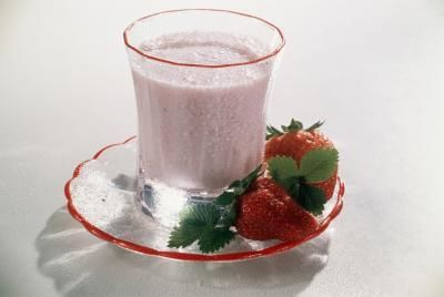Homemade Strawberry Shakes for Weight Loss http://www.livestrong.com/article/485138-homemade-strawberry-shakes-for-weight-loss/