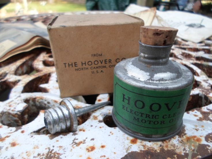 Vintage 1930s to 1940s Hoover Electric Cleaner Motor Oil Metal With Cork and Spout Can NOS/NIB Bought at G.Fox Company Small Collectible by KimsKreations17 on Etsy