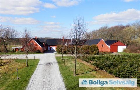 Vesterbro 80, Stjær, 8464 Galten - En ejendom af de sjældne #landejendom #galten #selvsalg #boligsalg #boligdk