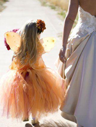 Damigella con vestito primaverile http://www.nozzemeravigliose.it/matrimonio/atelier-sposa/caserta/atelier-helan/72