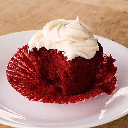 Red Velvet Cupcakes with Vanilla Bean Cream Cheese Frosting
