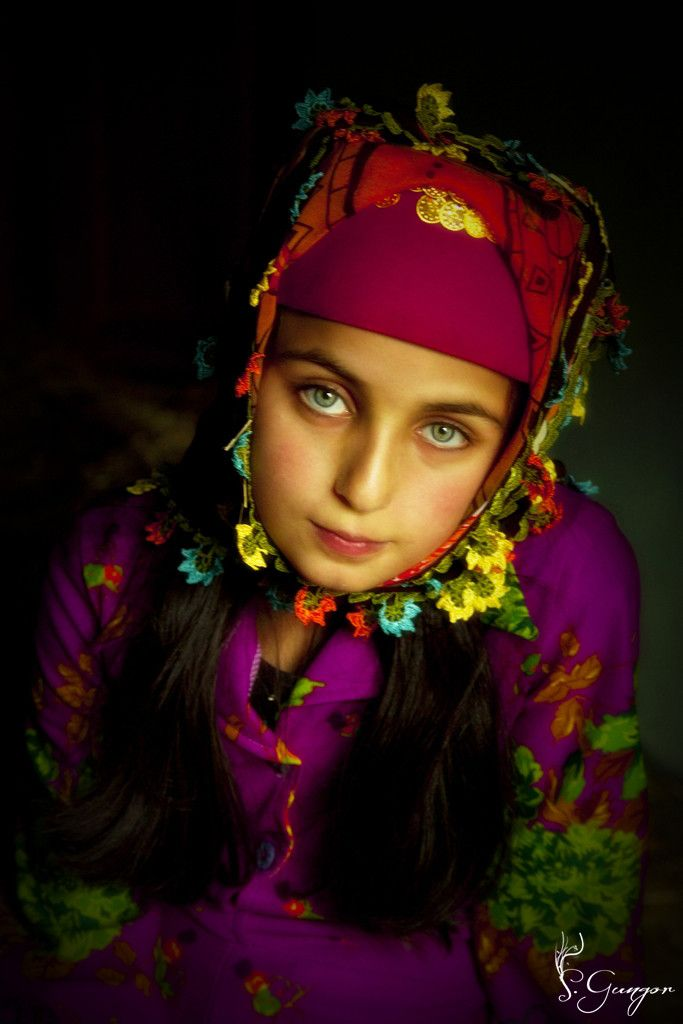 Smokey Eyes by Seyhan Gungor - Turkish girl with green eyes