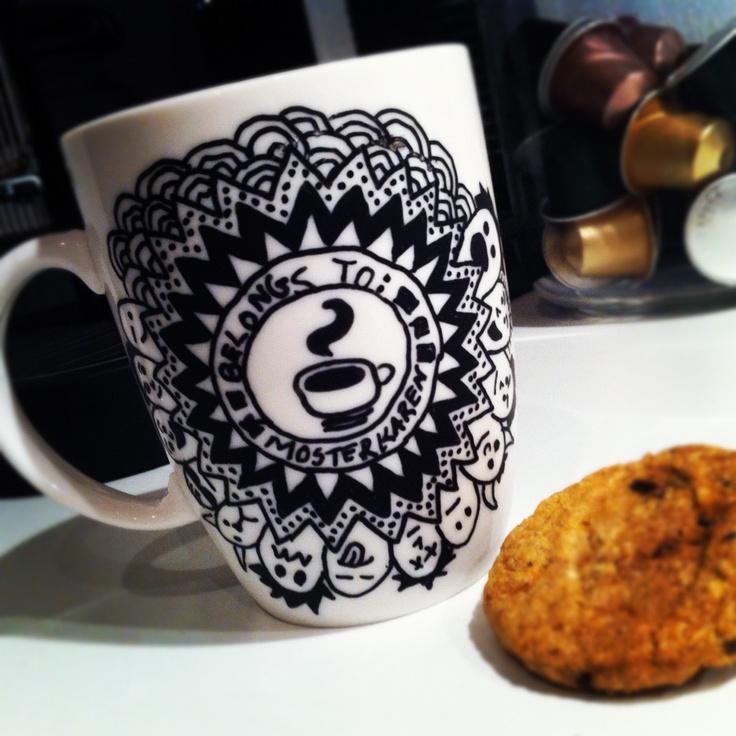 Doodles on cup using posca pen. Watch the video on mosterkaren.blogspot.com