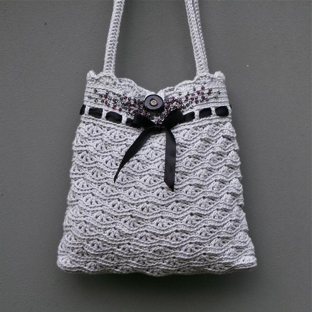 Grey crochet purse by MarianneS, via Flickr