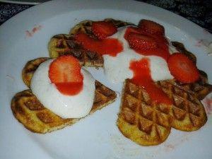 Lækre morgenvafler på bl..  banan, æg, skyr og havregryn
