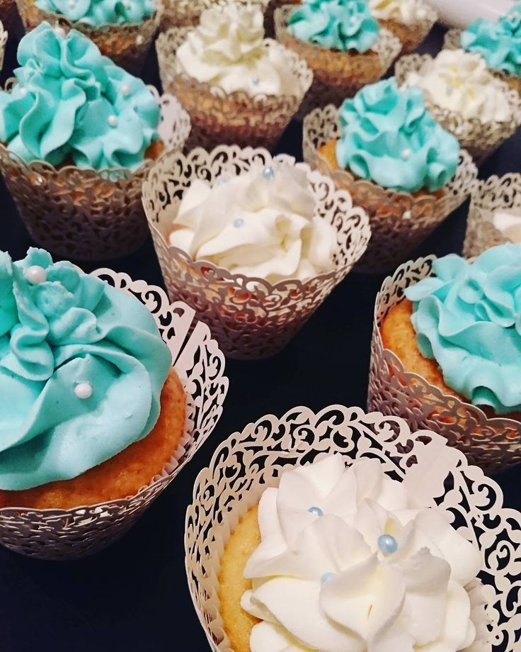White \u0026 blue lace cupcakes cupcakestagram baking homemade cake  dessert decoration icing frosting sugar fondant food montreal laval