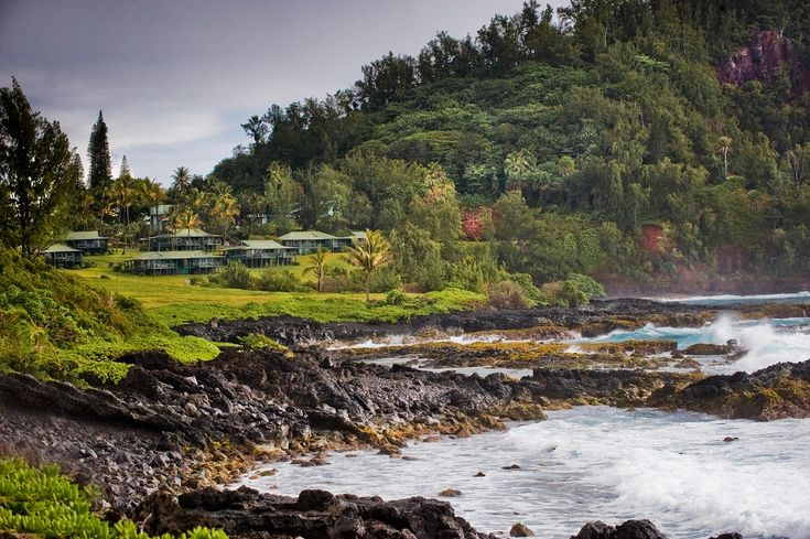If you need a place to stay in Maui, check out these ten beautiful hotels that include stunning views and modern facilities.