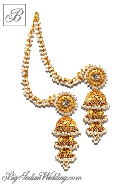 Azva gold earrings for an Indian bride