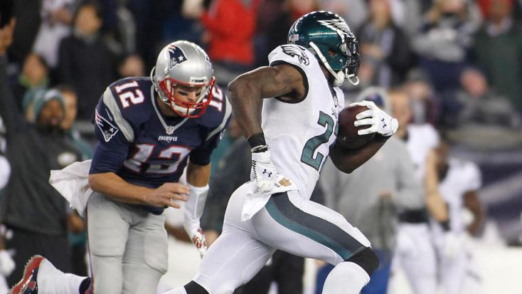 Super Bowl 2018: Asteroid could pass near Earth while Eagles play Patriots