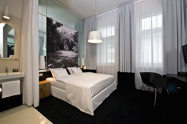 SIR F.K. SAVIGNY HOTEL BERLIN | サー F.K. サヴィニ ホテル ベルリン