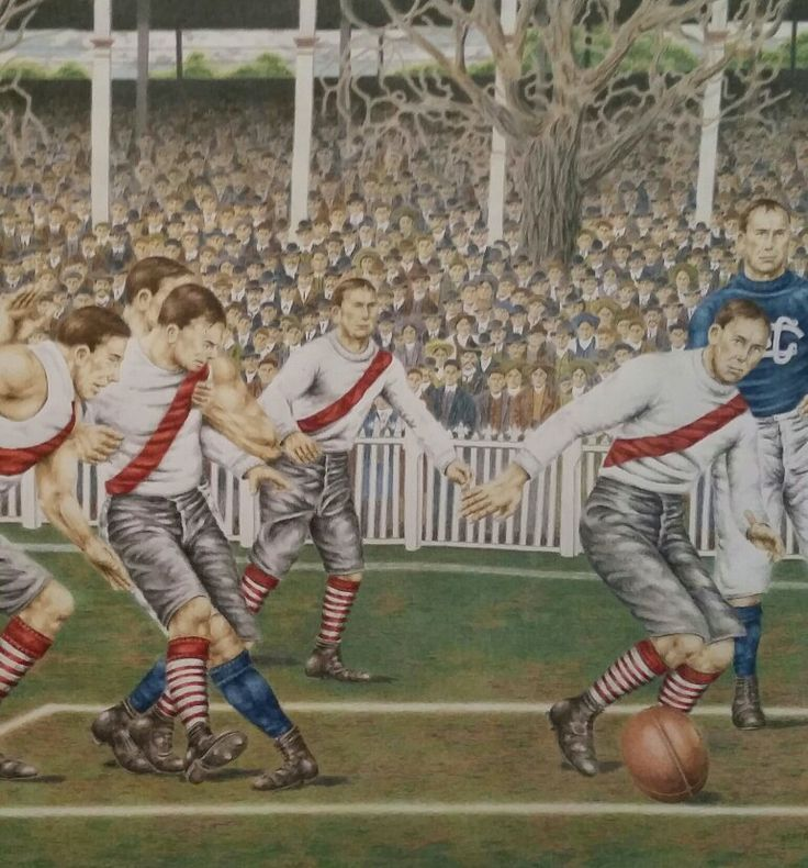 South Melbourne players hunt in numbers in the 1909 Grand Final