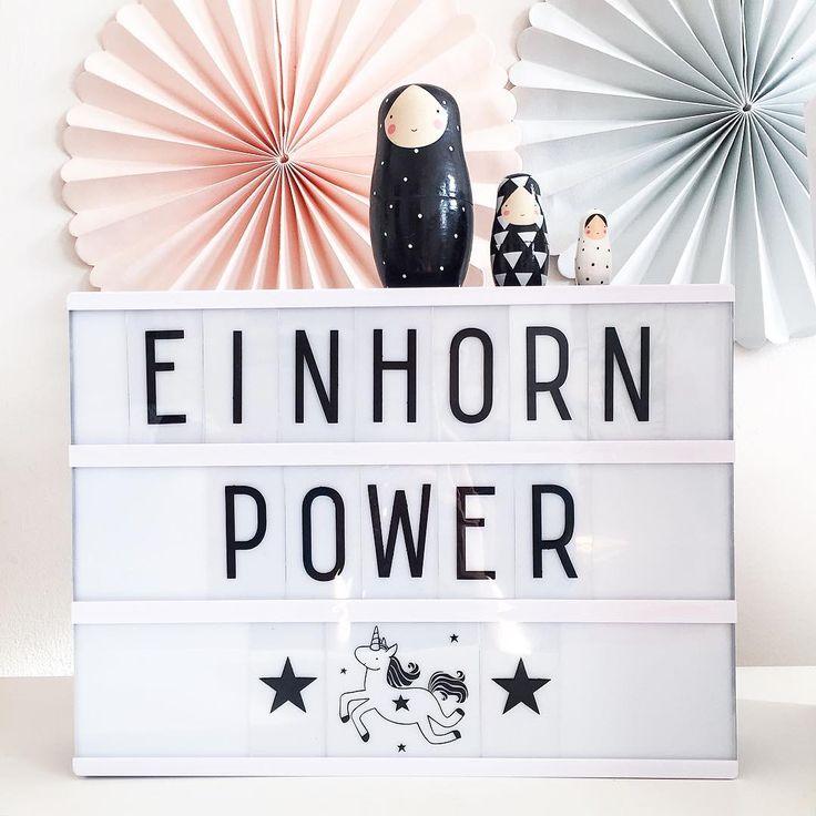 """""""Auf in eine neue Woche, mit Einhorn-Power und glitzerstaubverzierten Tagen! #whatineedrightnow #lightbox #zurückimshop #einhornpower #alittlelovelycompany…"""""""