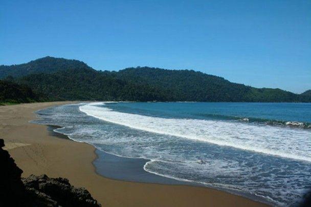 Apa Aja Lah...: Pantai Pancer, Pantai yang Indah dengan Hasil Tangkapan Ikannya di Selatan Banyuwangi