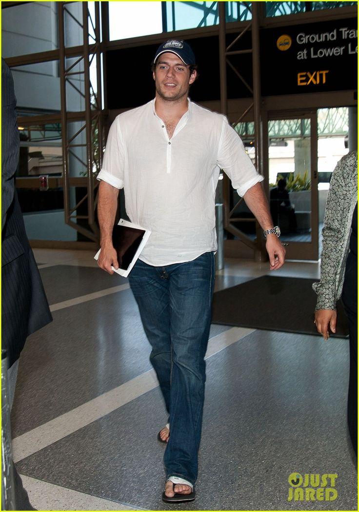 Henry Cavill: Christian Grey, 50 Shades, Henry Cavill, Jeans, Flip Flops, Casual Looks, Photo Galleries, Man Of Steel, Cavill Mysupermanhenrycavil
