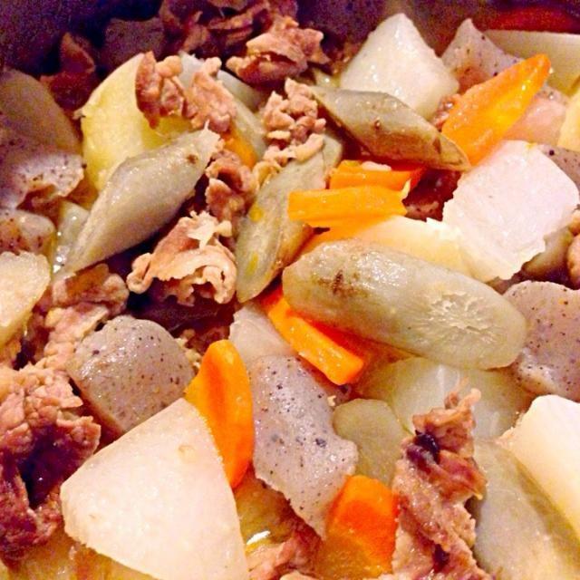 我が家では常備菜扱いです^_^ - 5件のもぐもぐ - 豚汁 by kunikichi