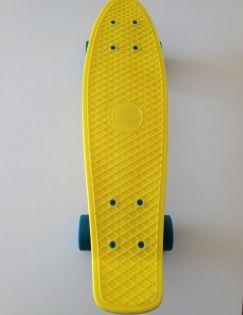 Penny Board næsten som nyt, brugt få gange. Ny pris 1000 kr. Sælges for mindst 400 kr.