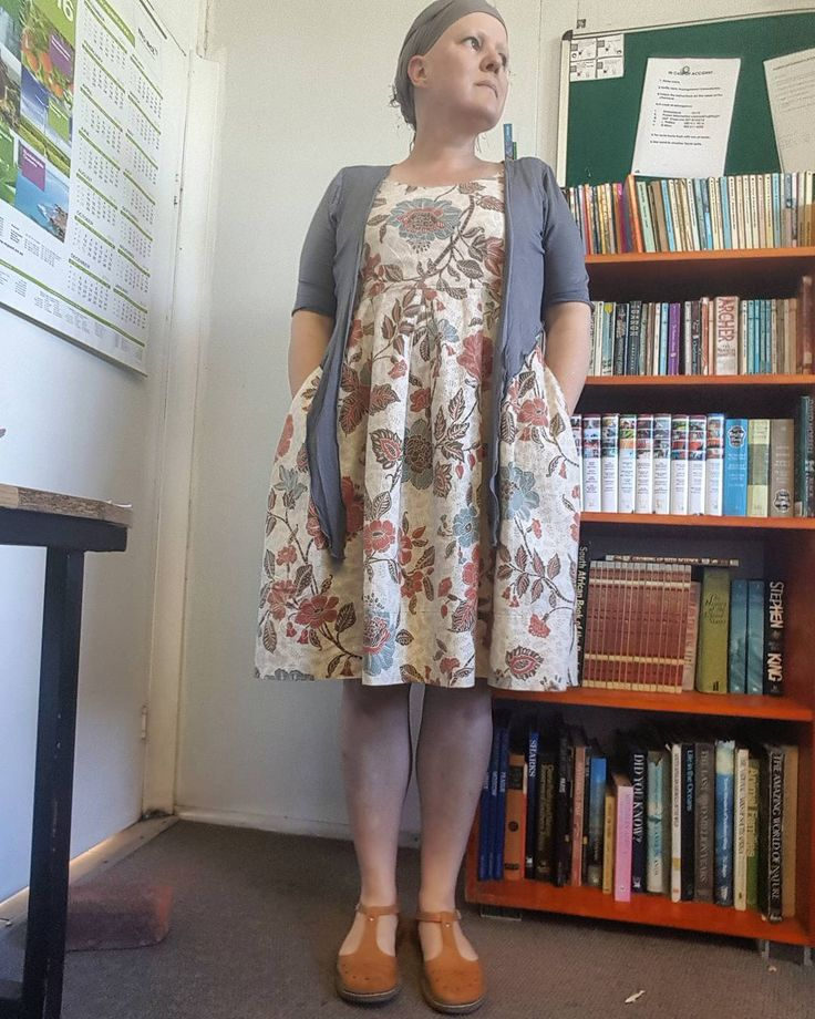 Day 2 of #aweekofwhatiamwearing  #northsouthbuddies  @juliafsparkle and I am wearing my #medrafted #memade curtain dress and cotton lycra #bolero I am still looking for 2 will people to play along 😯😕😔 #playalong #curtaindress #alopeciafashion #alopecia #whatimwearing