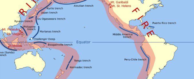 """La Nuova Zelanda, colpita da una fortissima scossa di terremoto, si trova nella cintura (anello) di fuoco. Si tratta di una vasta porzione di territorio dalla forma di ferro di cavallo lunga 40mila chilometri e situata ai margini dell'oceano Pacifico. Viene detta """"cintura di fuoco"""" perché è caratterizzata dall'elevata presenza di vulcani ed è ad …"""