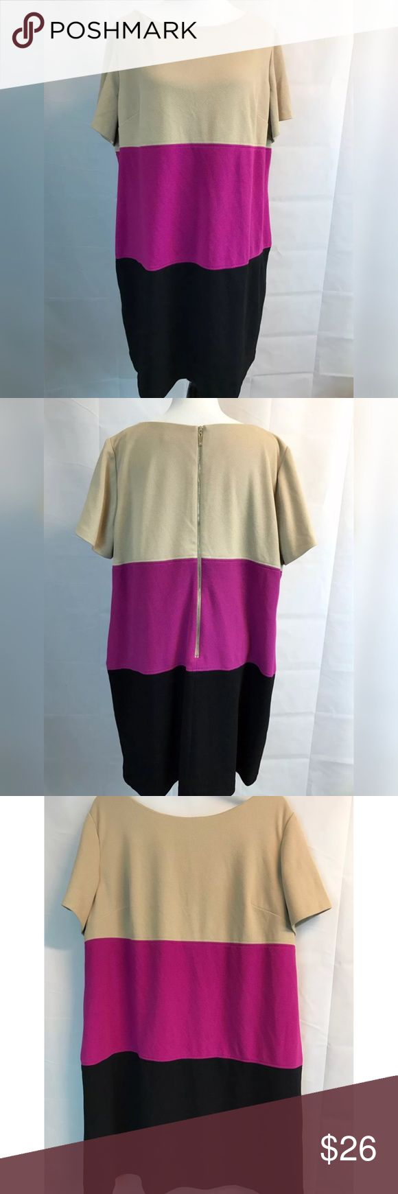 """Jessica Howard Women Dress Plus Sz 20W NWOT Flaw Jessica Howard Women Dress Plus Sz 20W NEW w/o tags Color Block Beige Pink Black Lined Armpit to armpit: 26 """" Small part of thread is undone near the neckline (inside). Please look at photos. New without tags. Jessica Howard Dresses Midi"""