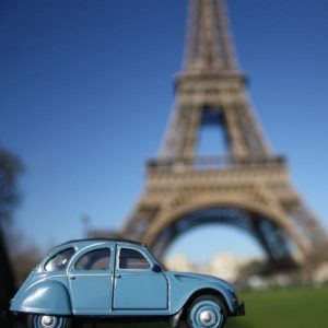 Final week of JansFrance 2CV. Hopefully you know where this is in Paris. Check out the full list at http://bit.ly/1WvXoVW