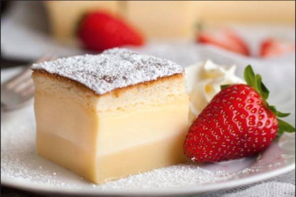 Lär dig imponera på gästerna med en kaka som av sig själv förvandlas tre!